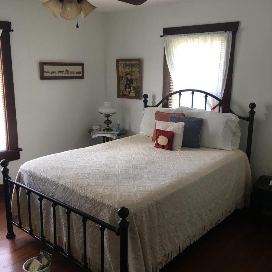 Goodell bedroom 2
