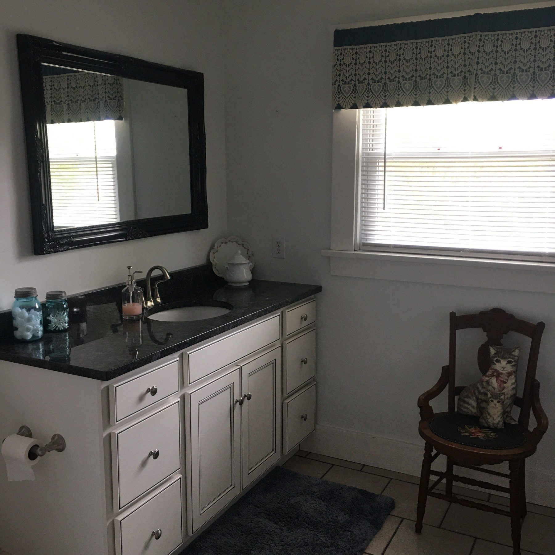 Goodell bathroom