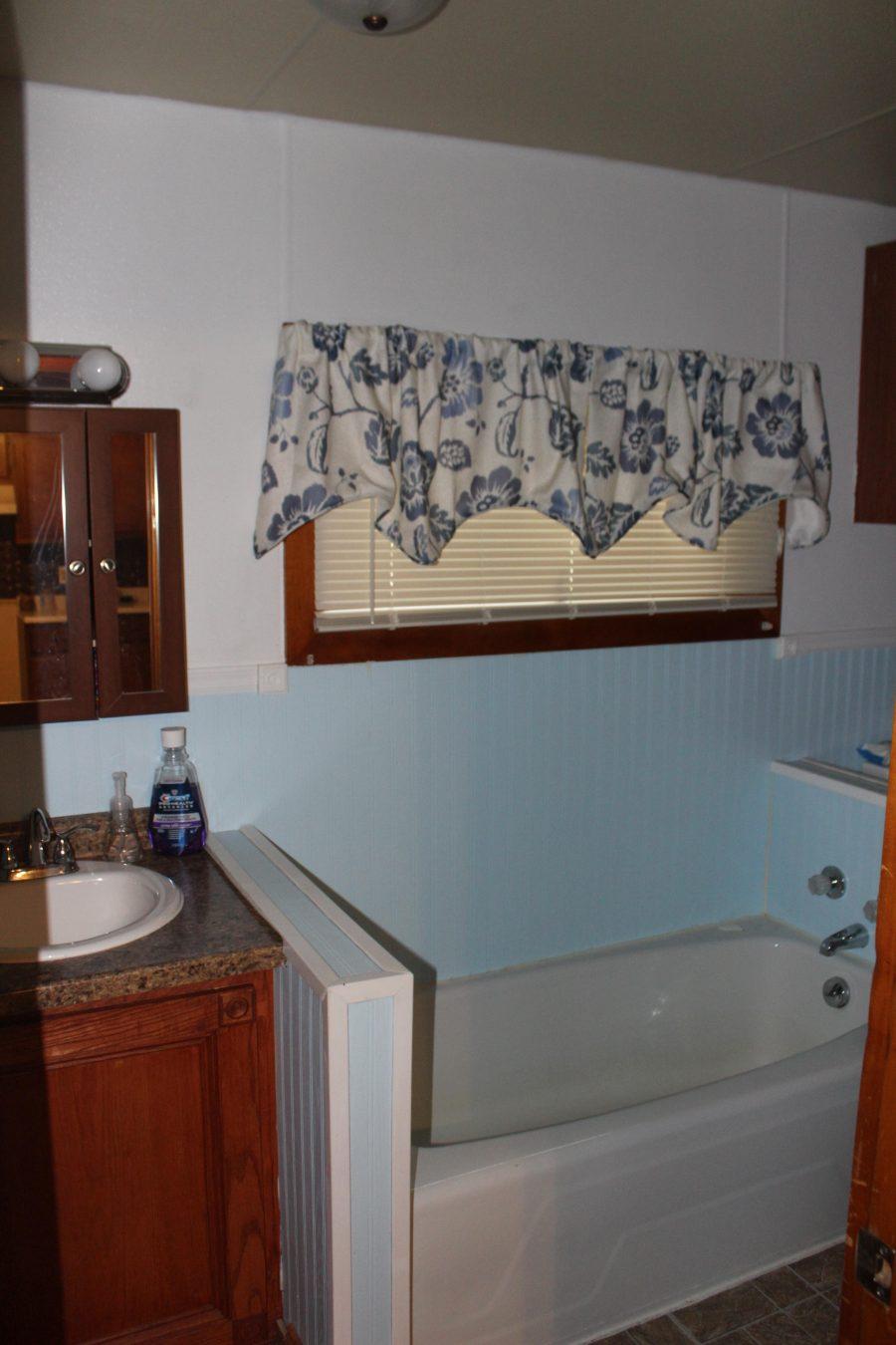 330 W State St 7 Bathroom